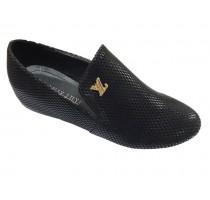 680 Дамски обувки